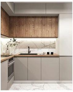 Kitchen Tiles Design, Modern Kitchen Design, Interior Design Kitchen, Small Modern Kitchens, Interior Modern, Small Cottage Kitchen, Home Decor Kitchen, Home Kitchens, Kitchen Ideas