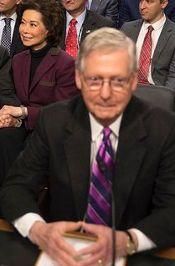 Mitch McConnel, Elain Chao, Senate, Republicans, Donald Trump, handsign, masonic, freemasons, freemason, freemasonry