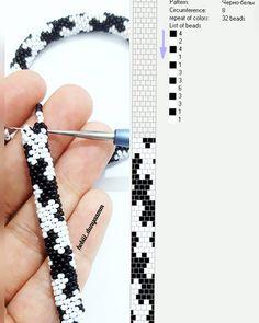 seed bead tutorials for beginners Crochet Bracelet Pattern, Crochet Beaded Bracelets, Bead Crochet Patterns, Bead Crochet Rope, Diy Bracelets Patterns, Beaded Jewelry Patterns, Beading Patterns, Seed Bead Jewelry, Bead Jewellery