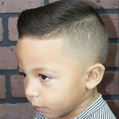 Latest Hairstyles and Haircuts for Women in 2017 50 Diverse Preferred Of Fade Haircut Simple Stylish Haircut Cool Boys Haircuts, Toddler Boy Haircuts, Stylish Haircuts, Guy Haircuts, Comb Over Fade Haircut, Low Fade Haircut, Man Haircut 2017, Fade Haircut Designs, Pinterest Haircuts