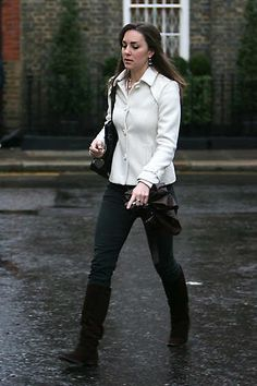 January 10, 2007, Kate Middleton leaving her home to go to work in London the day after her 25th birthday.