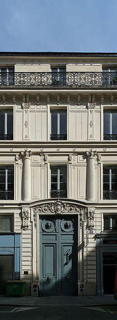 Hôtel Titon (1776) 58, rue du Faubourg-Poissonnière Paris 75010. Architecte : Jean-Charles Delafosse.
