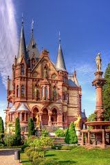 Schloss Drachenburg is a private villa in palace style constructed in the late century. It was completed in only two years on the Drachenfels hill in Königswinter, a German town on the Rhine near the city of Bonn. Beautiful Castles, Beautiful Buildings, Beautiful Places, Places Around The World, Oh The Places You'll Go, Around The Worlds, Chateau Moyen Age, Photo Chateau, Mansion Homes