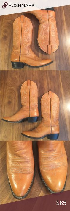 Justin Western Boots Light tan pointed toe leather boots. Very good used condition with light scuffs and rub marks. Justin Boots Shoes Cowboy & Western Boots