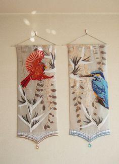 タペストリー『赤い鳥 青い鳥』