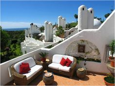 Townhouse for Sale in The Golden Mile, Costa del Sol | Click picture for more info