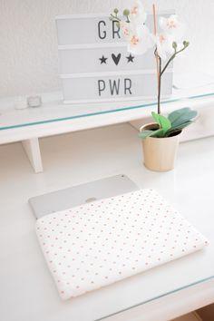 ... setze klare Statements mit den Laptopcases von roebro!  #swissmade #fashionable #statement #roebro Statements, Glee, Handarbeit, Creative