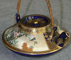 Fine Japanese Satsuma Teapot Signed Kinkozan.view two.