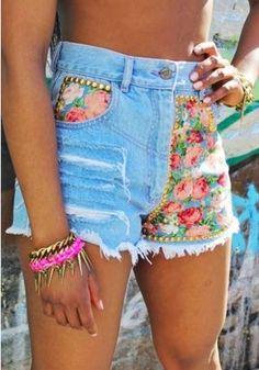 Floralmania studded denim shorts