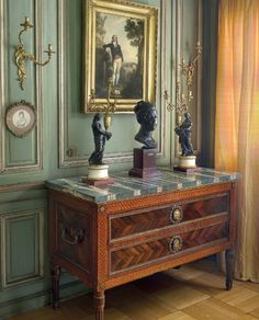 Un Moment de Perfection An important private collection of French 18th century and old master paintings Christie's London 3 December 2014 Interior Classic Elegant Giltwood mirror commode marble