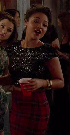 Beth's red plaid skirt and black sequin crop top on Chasing Life.  Outfit Details: http://wornontv.net/45522/ #ChasingLife