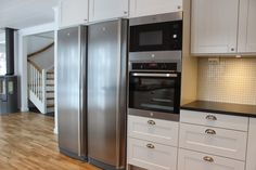 House at Hugos Kitchen Cabinets, Kitchen Appliances, French Door Refrigerator, Carpenter, Kitchen Interior, French Doors, House, Home Decor, Cooking