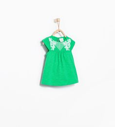 T-shirt with embroidered flowers