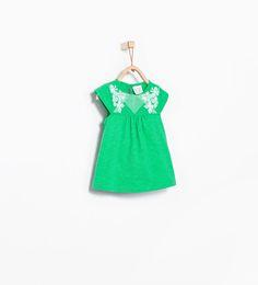 ZARA - ENFANTS - T-shirt brodé à fleurs
