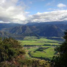 "54 Likes, 1 Comments - Erica Blake (@eskuta12) on Instagram: ""Lookouts - yes please.  #purenewzealand #wanderlust #discovernz #travel #ig_newzealand…"""
