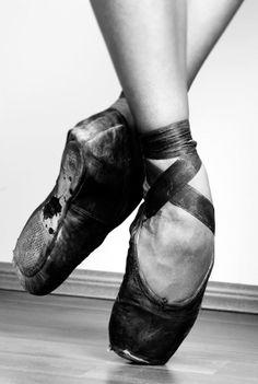 Black point shoes | ballet | ballerina | toe torture | performer | artist | black & white photography | dance | dancer
