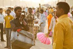 https://flic.kr/p/6ZYBnD | Regular Vendors at India Gate | New Delhi, India Photo by: Chris Leon,  CBLeon@mac.com