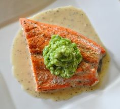 Roasted Salmon with Pea Puree in a Light Lemon Sauce by lipstickblogspot #Salmon #Peas #lipstickblogspot