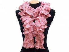 Hand knitted Pink ruffled scarf by Arzus on Etsy $19.89