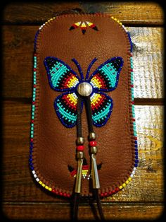 "Beaded Smartphone Pouch ""Butterfly"""