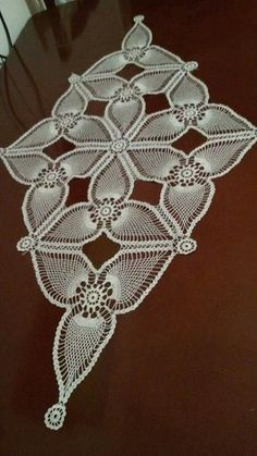 Venise Lace Trim, off white lace trim, bridal trim lace, crochet leaves lace trim, Crochet Doily Patterns, Crochet Mandala, Crochet Art, Crochet Home, Thread Crochet, Filet Crochet, Crochet Gifts, Crochet Motif, Vintage Crochet