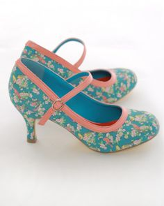 """Teal Bird Print 3"""" Heel 50's Style Mary Jane Shoes"""