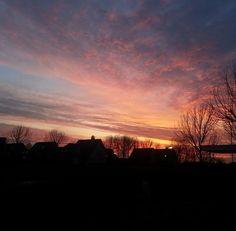 Beautiful early morningsky ✔️