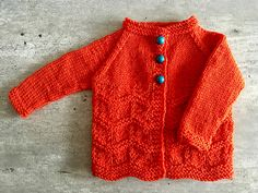 Ravelry: Gentle Breeze Baby Jacket pattern by marianna mel Source by Jacket Baby Cardigan Knitting Pattern Free, Knitted Baby Cardigan, Baby Knitting Patterns, Baby Patterns, Sweater Patterns, Knitting Ideas, Knitting For Charity, Easy Knitting, Baby Shawl