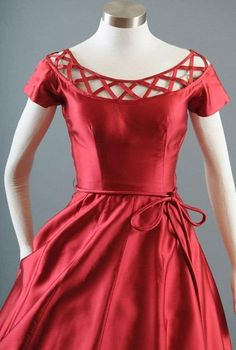 This crisp red silk dress features delightful lattice work at the neckline. This crisp red silk dress features delightful lattice work at the neckline. Neckline Designs, Dress Neck Designs, Designs For Dresses, Blouse Designs, Vintage Outfits, Classy Outfits, Vintage Dresses, Red Frock, Red Silk Dress