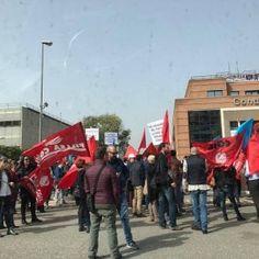 Condotte  otto ore di sciopero per difendere i posti di lavoro #lavoratori #salari #tasse #roma #stipendo #INPS