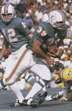 Larry Csonka with the ball