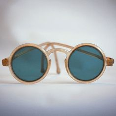 1930's Sunglasses - @Mlle Always chic, always in style.