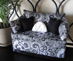 fabric covered sofa couch tissue box pattern   Add it to your favorites to revisit it later.