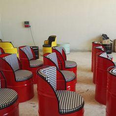Funny Furniture, Garage Furniture, Barrel Furniture, Automotive Furniture, Automotive Decor, Metal Furniture, Diy Furniture, White Interior Design, Cafe Interior