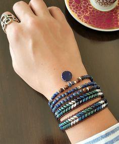 Lapis Lazuli Üç Sıra Gümüş Bileklik Kolye Zet.com'da 170 TL Lapis Lazuli, Cuff Bracelets, Jewelry, Jewlery, Jewerly, Schmuck, Jewels, Jewelery, Fine Jewelry