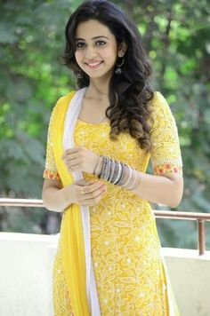 Rakul Preet Singh Latest Pics in Punjabi Suit Beautiful Girl Indian, Beautiful Girl Image, Most Beautiful Indian Actress, Gorgeous Women, Beautiful Bollywood Actress, Beautiful Actresses, Rakul Preet Singh Saree, Punjabi Actress, Girl Fashion Style