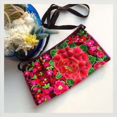 Vintage traditional Peony Chinese embroidered purse bag