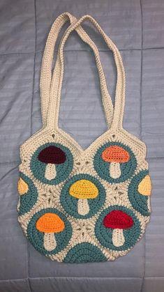 Diy Crochet Projects, Crochet Crafts, Knitting Projects, Crochet Designs, Crochet Patterns, Crochet Bag Free Pattern, Cute Crochet, Knit Crochet, Crotchet