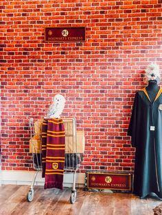 Fan de l'univers de J.K. Rowling, découvrez 4 boutiques en Lorraine à Nancy et à Metz pour faire votre shopping. Je vous présente tous mes achats dans la vidéo et article haul dédié!