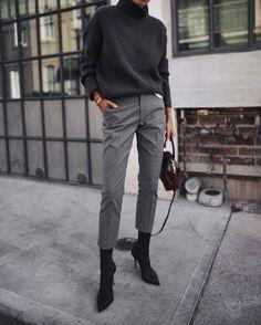 Minimalist outfit ideas - Wear to Work Outfits Work Fashion, Trendy Fashion, Winter Fashion, Style Fashion, Fashion Outfits, Cheap Fashion, Dress Outfits, Fashion Mode, 80s Fashion