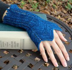Knitting Pattern for Edgar Gauntlets