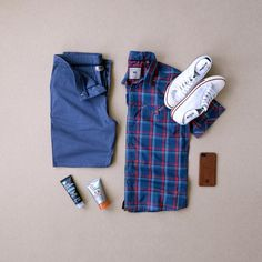 Men's Summer Fashion by Dakota Grizzly & Colchester Rubber Co. Best Smart Casual Outfits, Monday Outfit, Looks Jeans, Sneakers Fashion, Fashion Outfits, Fashion Tips, Fashion Fashion, Man Dressing Style, Stylish Mens Fashion