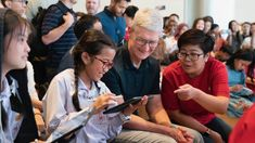 Asia Tour: In Thailand, Tim Cook meets WWDC fellows, volleyball team … Women Volleyball, Volleyball Team, Asian Continent, Used Apple Watch, Asian Games, Reaching For The Stars, Visit Japan, Athlete, Thailand
