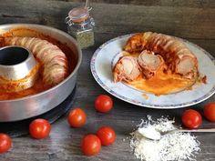 Beim Ofenfilet wird Schweinefilet mit Bacon umwickelt und mit Parmesan im Omnia-Backofen überbacken. Eine traumhaft cremige Soße rundet das Ganze ab.