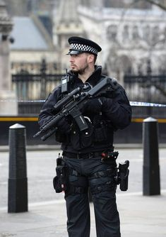 POLICE chiefs have ordered a major surge in the number of armed officers on duty in the wake of the Westminster attack. Military Guard, Police Chief, Military Police, Police Police, Airsoft, Special Forces Gear, Police Officer Requirements, London Police, Hot Cops