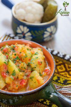 Mancare de cartofi cu cimbru - Arome de poveste Potato Recipes, Thai Red Curry, Pizza, Cooking Recipes, Potatoes, Meals, Ethnic Recipes, Food, Meal