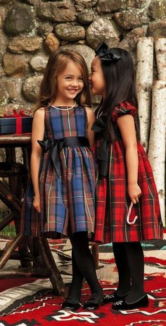 These heritage-inspired Ralph Lauren tartan party dresses have a darling fit-and-flare silhouette and a contrasting grosgrain sash. Little Girl Fashion, Little Girl Dresses, Kids Fashion, Girls Dresses, Party Dresses, Girls Tartan Dress, Outfits Niños, Kids Outfits, Mode Tartan