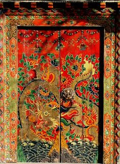 Door with a chinese dragon painting. so unique