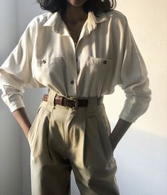 Cotton Townes-Hose / Erhältlich in Olive, Midnight und Khaki - XS / Olive . - - Cotton Townes-Hose / Erhältlich in Olive, Midnight und Khaki - XS / Olive . Look Fashion, 90s Fashion, Fasion, Korean Fashion, Fashion Outfits, Fashion Trends, Female Fashion, Fashion Quiz, Student Fashion