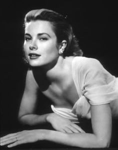 Hollywood Icons, Hollywood Star, Classic Hollywood, Hollywood Cinema, New Movies, Good Movies, Movies And Tv Shows, Grace Kelly, Guy's Hospital